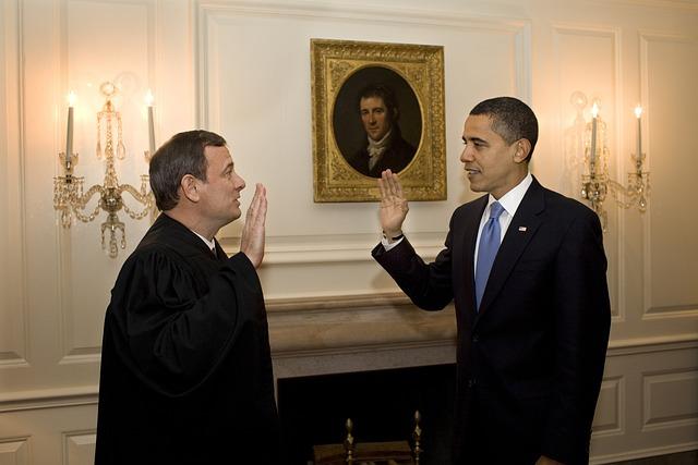 Barack Obama, John G Roberts Jr, Cj