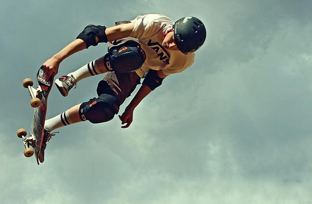 Skateboard, Helm, Protectors, Protection, Jump