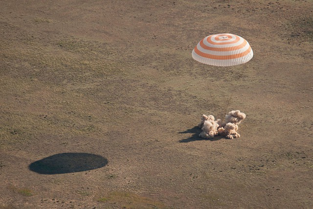 Soyuz, Landing, Parachute, Kazakhstan, Landscape