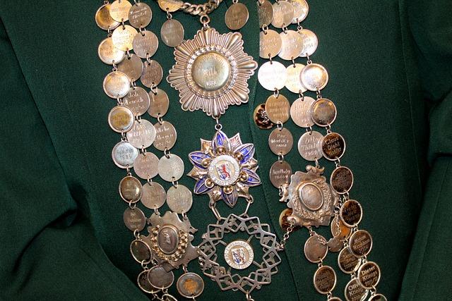 Protect, Düsseldorf, Royal Silver, King Chain, Customs