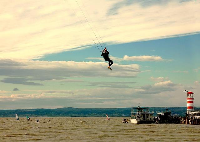 Lake, Kite-surfing, Surf, Wind, Beach, Waters, Sky