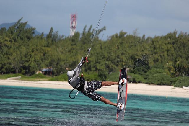 Kitesurfer, Kite Surfing, Kite, Surfing, Sea