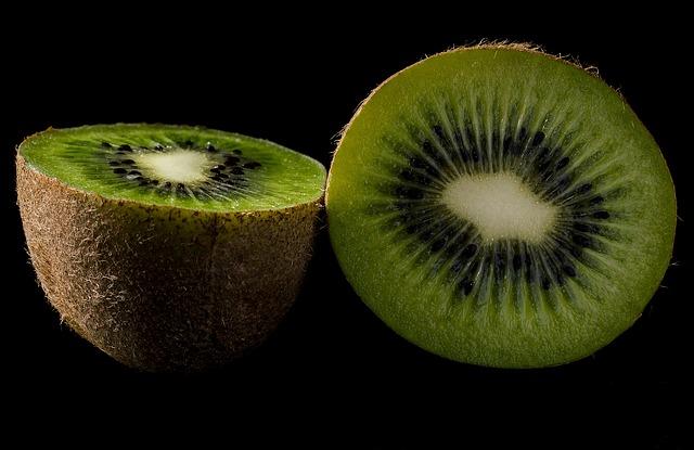 Kiwi, Fruit, Green, Fresh, Nature, Vitamins, Eating