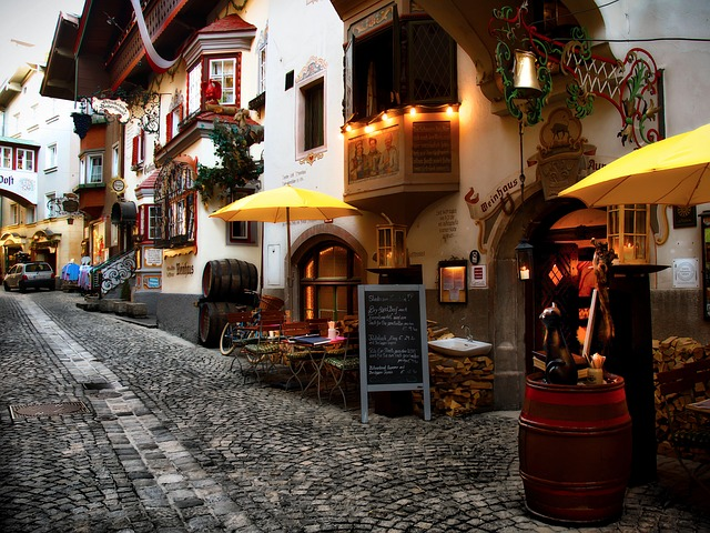 Kufstein, Alley, Romantic, Old, Historic, Wine Bar