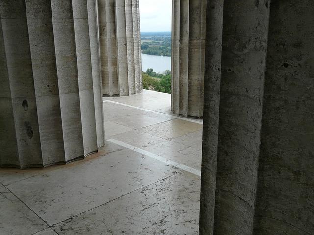 Columnar, Arcade, Labyrinth, Walhalla, Memorial