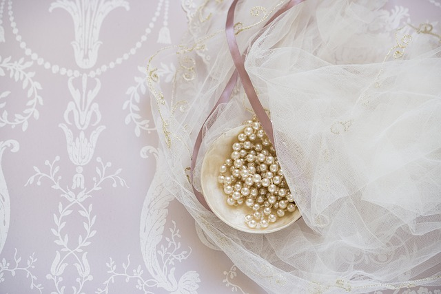 Bridal, Bride, Beads, Pearls, Elegant, Embroidery, Lace