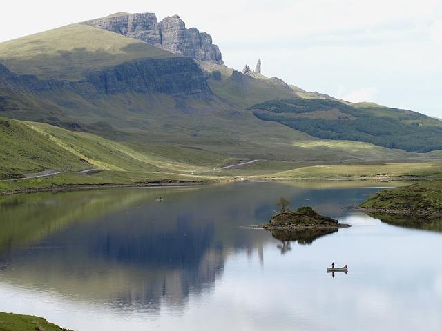 Scotland, Skye, Isle Of Skye, Rock, Lake, Water, Nature
