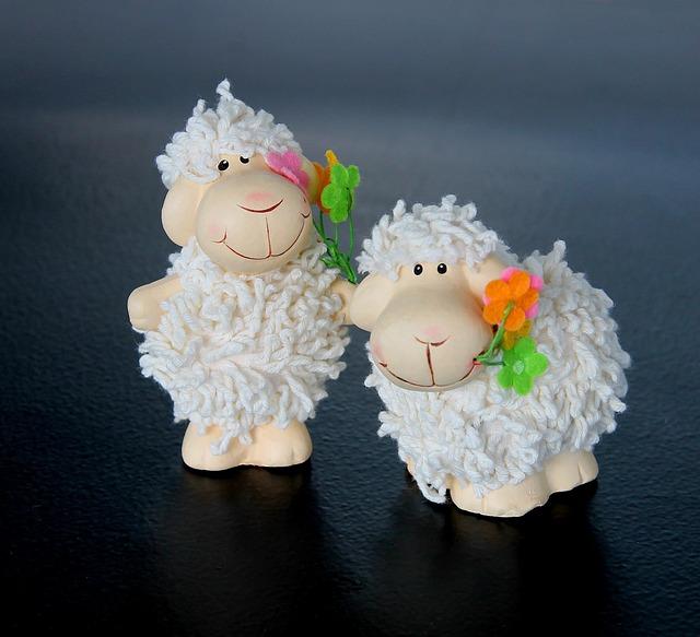 Easter, Lamb Ornament, Decoration, Table Decorations