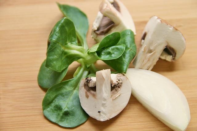 Mushrooms, Cut, Lamb's Lettuce, Salad, Vegetables