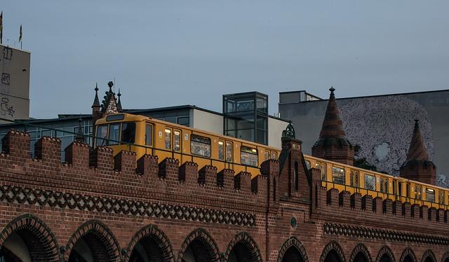 Metro, Berlin, Hochbahn, Architecture, Travel, Landmark