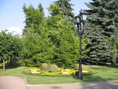 Central Square, Stavropol, Lantern