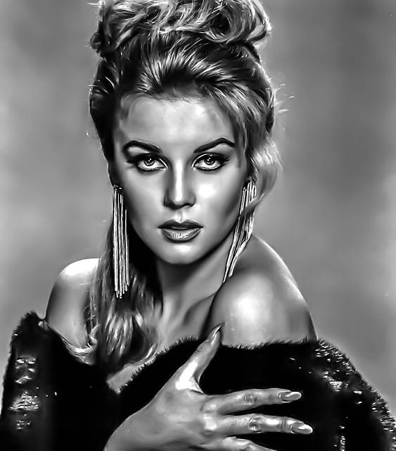 Ann Margaret, Hollywood Actress, Las Vegas Entertainer