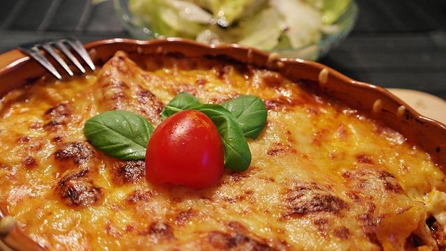 Lasagna, Noodles, Cheese, Tomatoes, Baking Dish