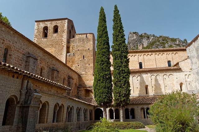 Saint-guilhem, Le-desert, Romanesque, France, Church