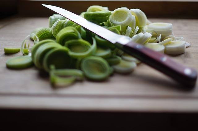 Knife, Kitchen, Cook, Wooden Board, Cut, Leek, Food