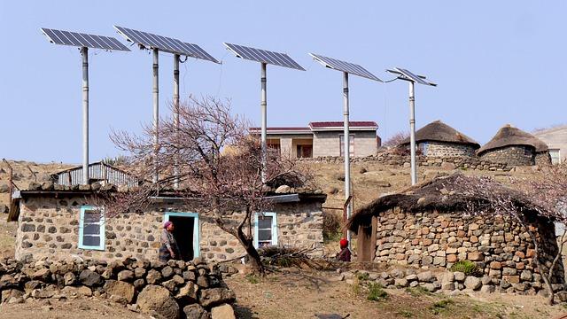 Lesotho, Bergdorf, Solar Energy, Rondavels
