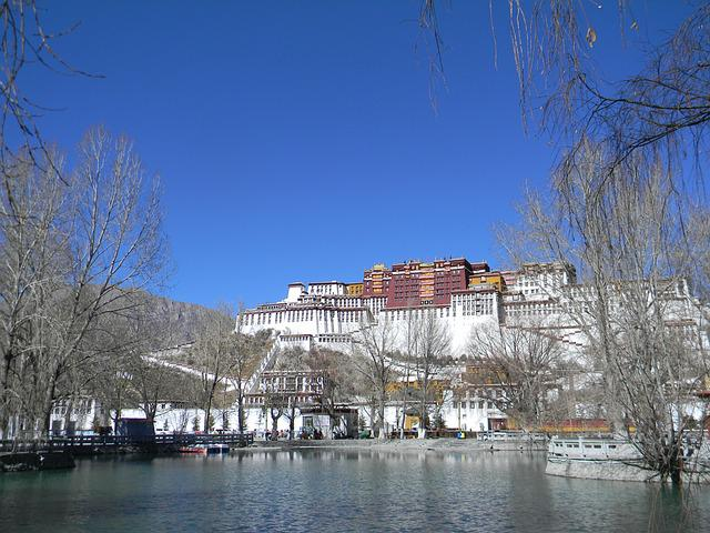 Tourism, Lhasa, The Scenery, The Potala Palace