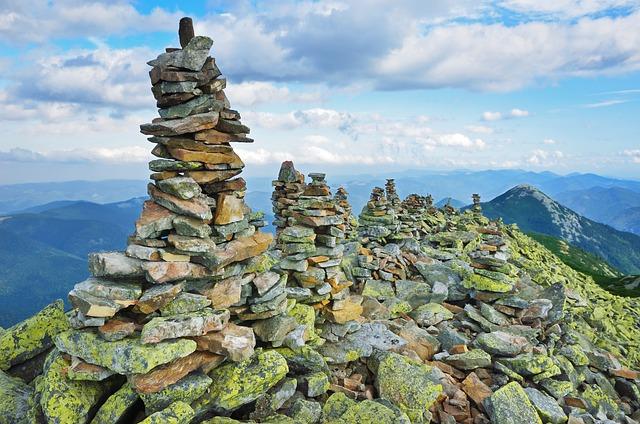Mountain, Peak, Moraine, Stone, Lichen, Top, Range
