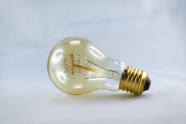 Light Bulb, Disappearing, Vintage Light Bulb