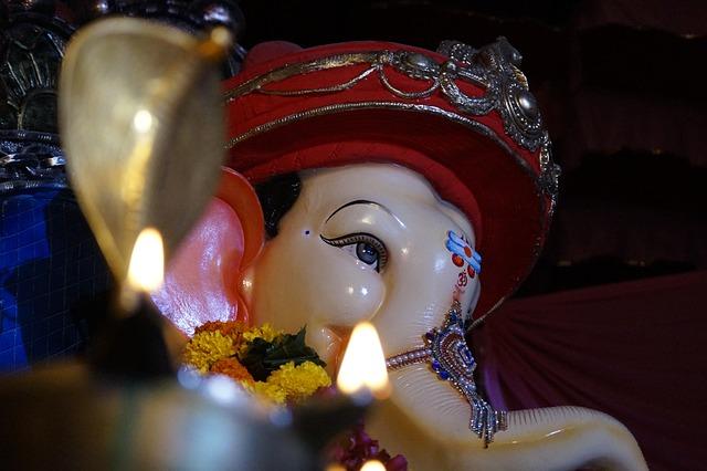 Ganesha, Light, Effect