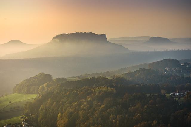 Lily Stone, Fog, Elbe Sandstone Mountains