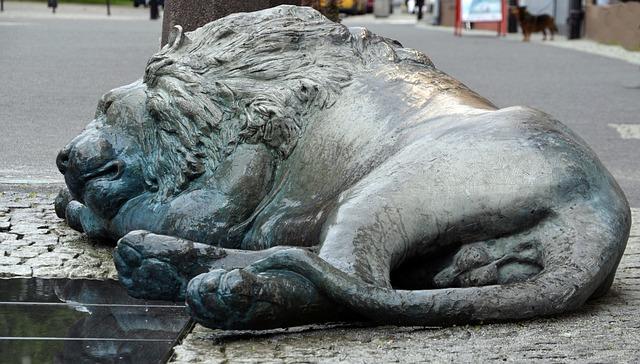 Sleeping, Lion, Street, Statue, Monument, Gdansk