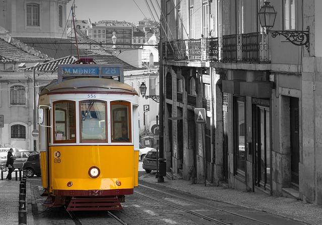 Lisbon, Tram, Historically