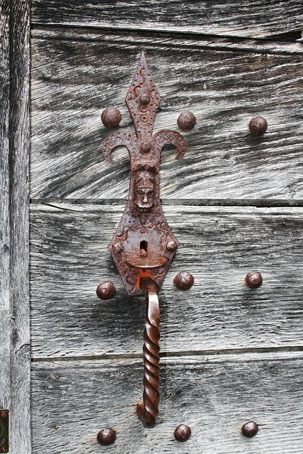Field, Wooden Door, Lock, Wood, Handle, Passing Time