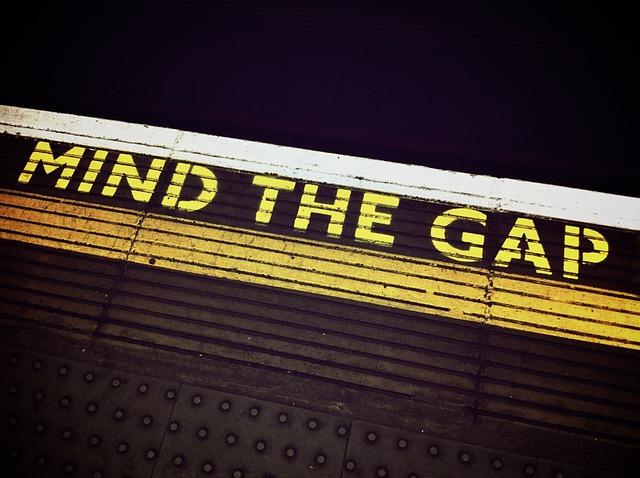 Mind The Gap, London, Underground, Transportation, Uk