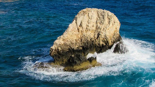 Rock, Alone, Loneliness, Waves, Smashing, Sea, Foam