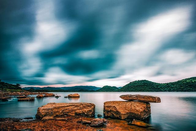 Long Exposure Time, Lake, Stone
