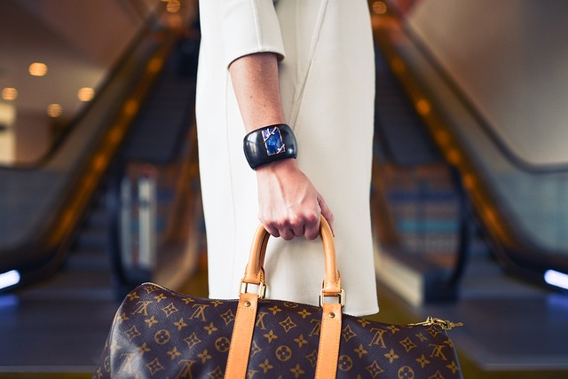 Louis Vuitton, Bag, Fashion, Watch, Luxury, Woman