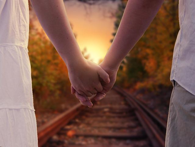 Holding Hands, Love, Relationship, Romance, Coup, Walk