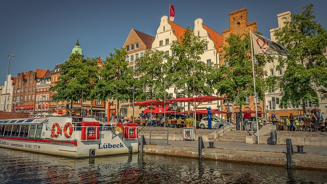 Lübeck, Historic Center, Waters, Shipping, Architecture