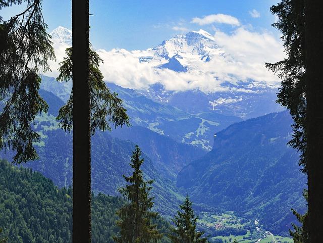 Switzerland, Bernese Oberland, Lütschinental
