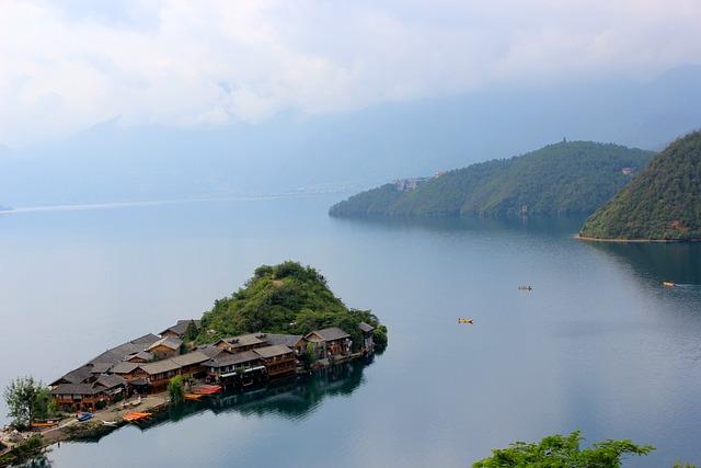 Lugu Lake, 泸沽湖, Chinese Lake