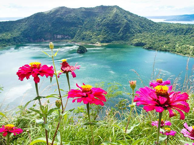 Philippines, Luzon, Lake Taal