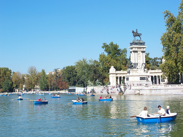 Madrid, Spain, Parks, Paddle Boats, Paddle, Sculpture