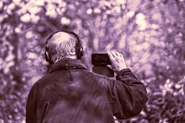 Man, Person, People, Headphone, Iphone, Filming