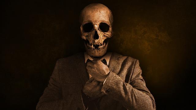 Man, Skull, Skull And Crossbones, Tie, Suit, Dramatic