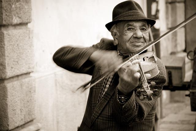 Man, Violin, Street Musicians