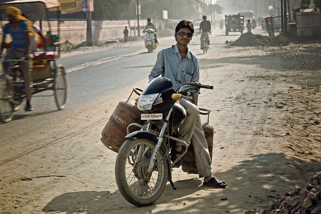 Motor, Man, India, Asia, Travel, Vrindavan, Street