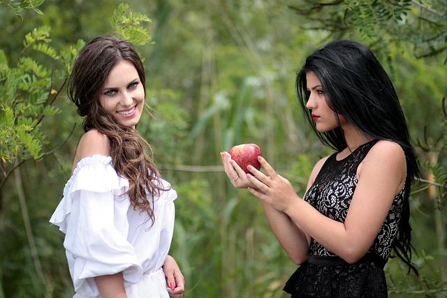 Snow White, Stepmother, March, Temptation