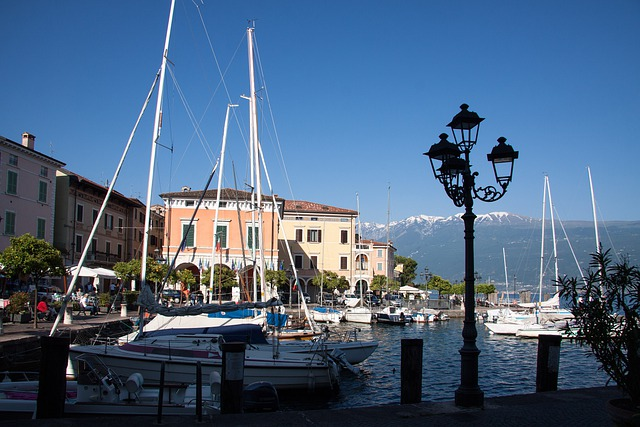 Gargnano, Garda, Port, Place, Homes, Marina, Ships