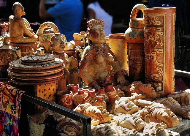 Guatemala, Chichicastenango, Market, Etal, Figurines