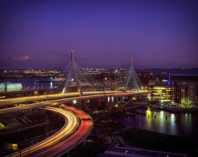 Boston, Massachusetts, Bunker Hill Bridge, Architecture