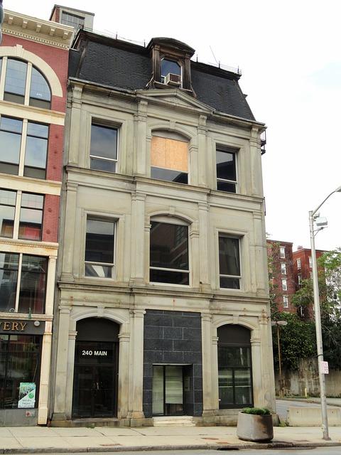 Main Street, Worcester, Massachusetts, Usa, House