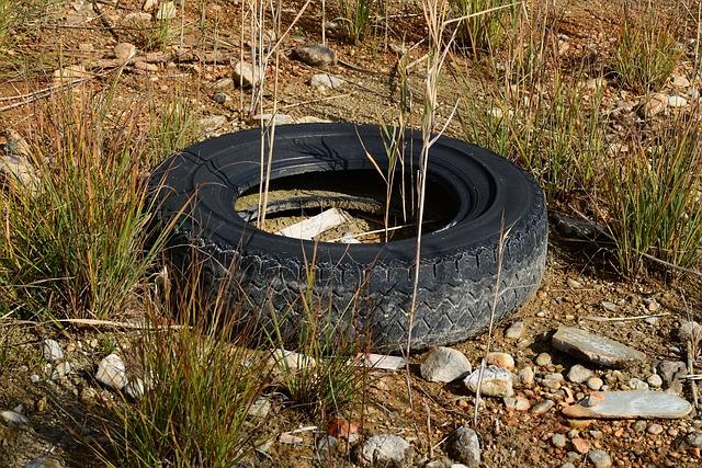 Altreifen, Mature, Pollution, Garbage, Rubber, Auto
