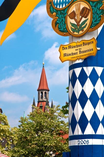 Maypole, Munich, Viktualienmarkt, Bavaria