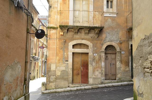 Ragusa, Sicily, Alley, Houses, Italy, Mediterranean